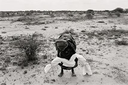 Hunger in Somalia (James Nachtwey, USA)